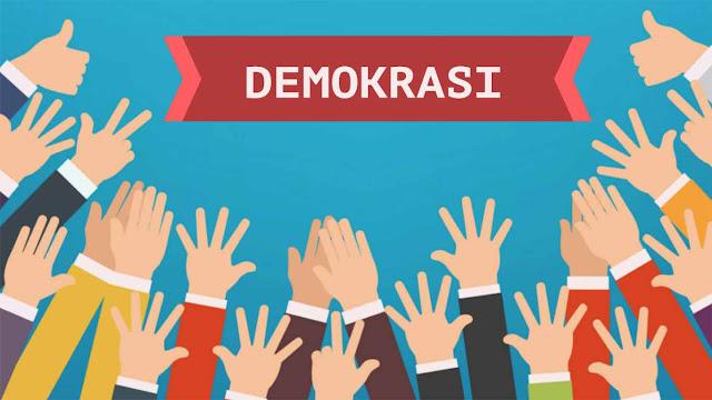 Perbedaan Antara Demokari Langsung dan Demokraasi Tidak Langsung