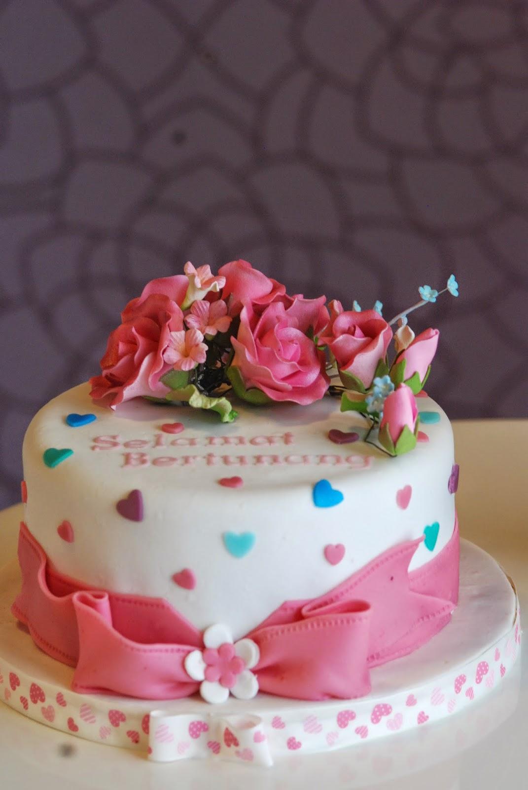 nak tengok kek tunang kami yang paling famous 2014