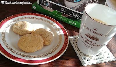 Ekspresowe ciasteczka maślane z orzechami, czyli nowy wymiar bloga