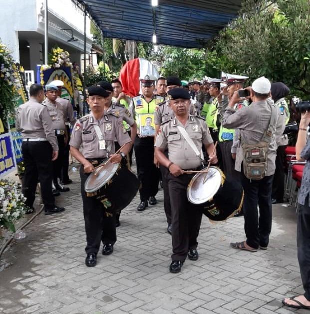 Loyalitas Tanpa Batas, Aiptu Bambang Atmojo anggota lantas jakbar gugur saat menjalankan tugas