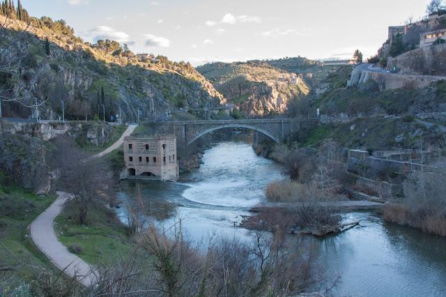 Puente de Alcantara, em Toledo na Espanha