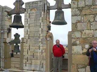 Josep Augué, año 2010, esperando que suene la campana (foto del archivo personal de M. Jorques)