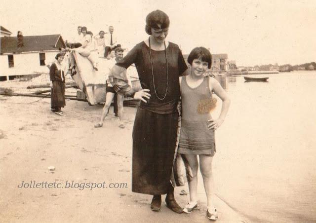 Possibly Catherine Hederman Fraundorf and Gertrude https://jollettetc.blogspot.com