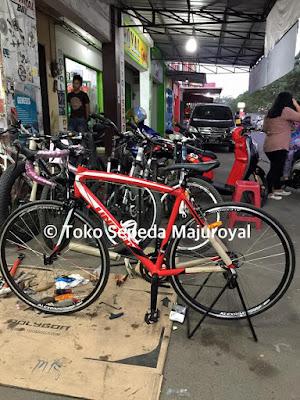 Sepeda Balap Inertia RED
