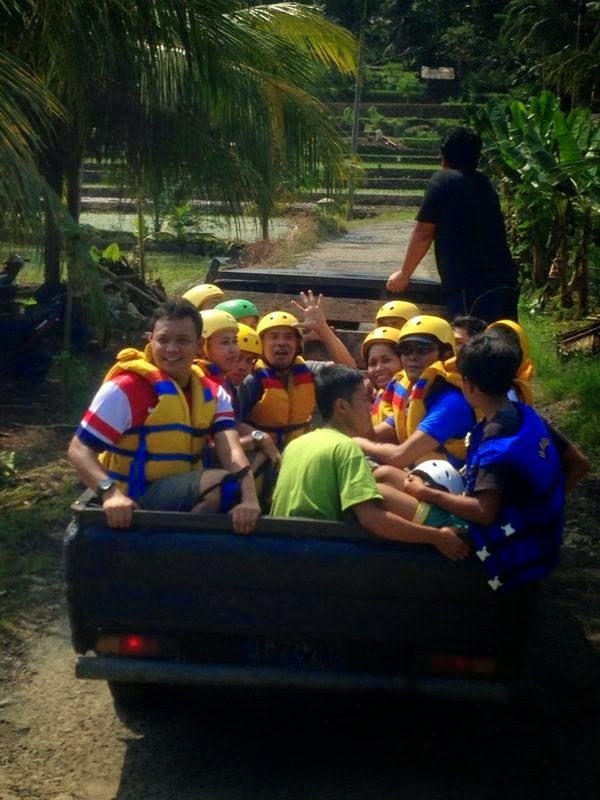 transportasi body rafting
