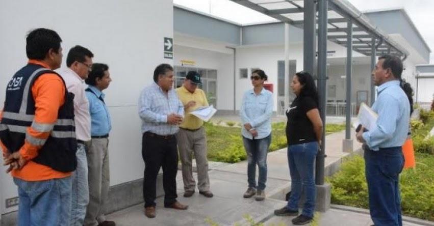 Supervisan construcción de escuelas y hospitales en la región San Martín