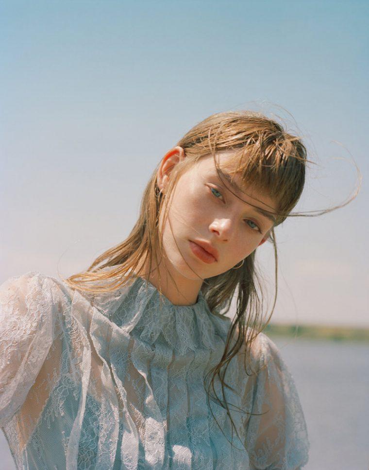 Lauren de Graaf by Robert Nethery for T Style October 2016