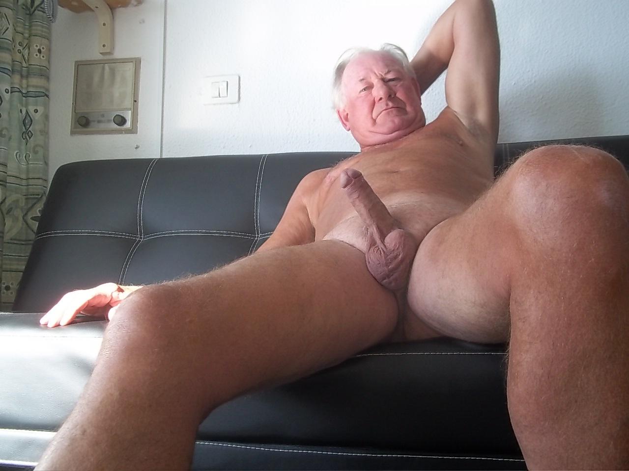Corridas De Viejos Gays En El Campo