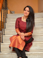 Malavika Menon new glam pics-cover-photo