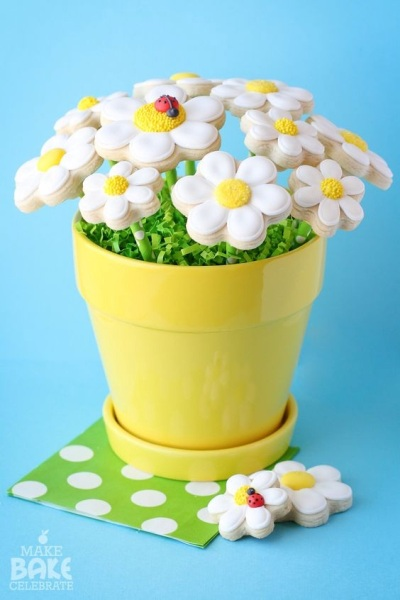 Daisy cookie bouquet. Foto: Make Bake Celebrate