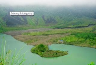 kawah gunung galunggung tasikmalaya