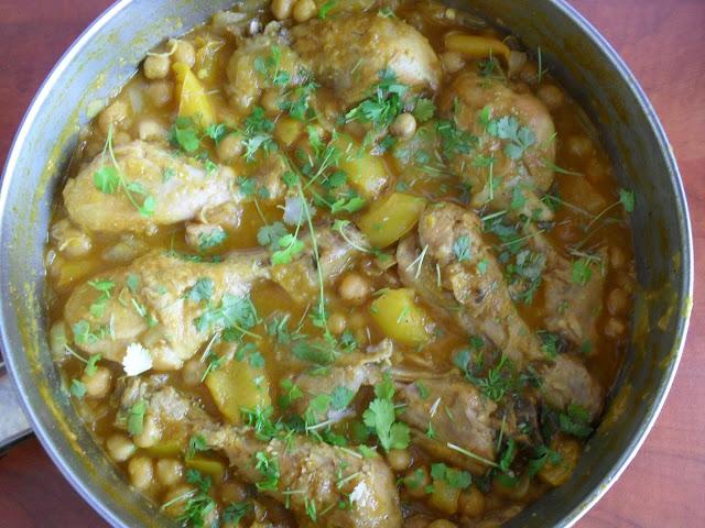 Żółte curry Pukka według Jamiego Olivera