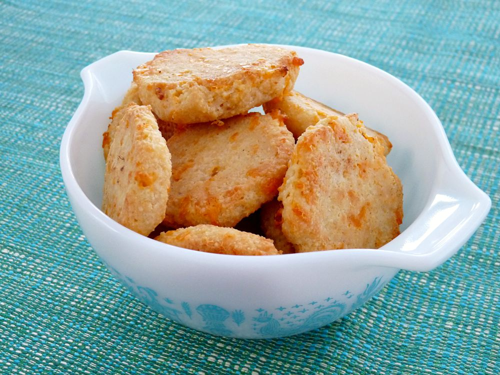 Cheesy Biscuits Made with Coconut Flour