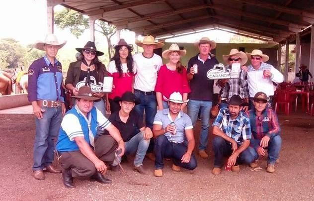 Cavalgada em Nova Tebas reúne em torno de 200 participantes