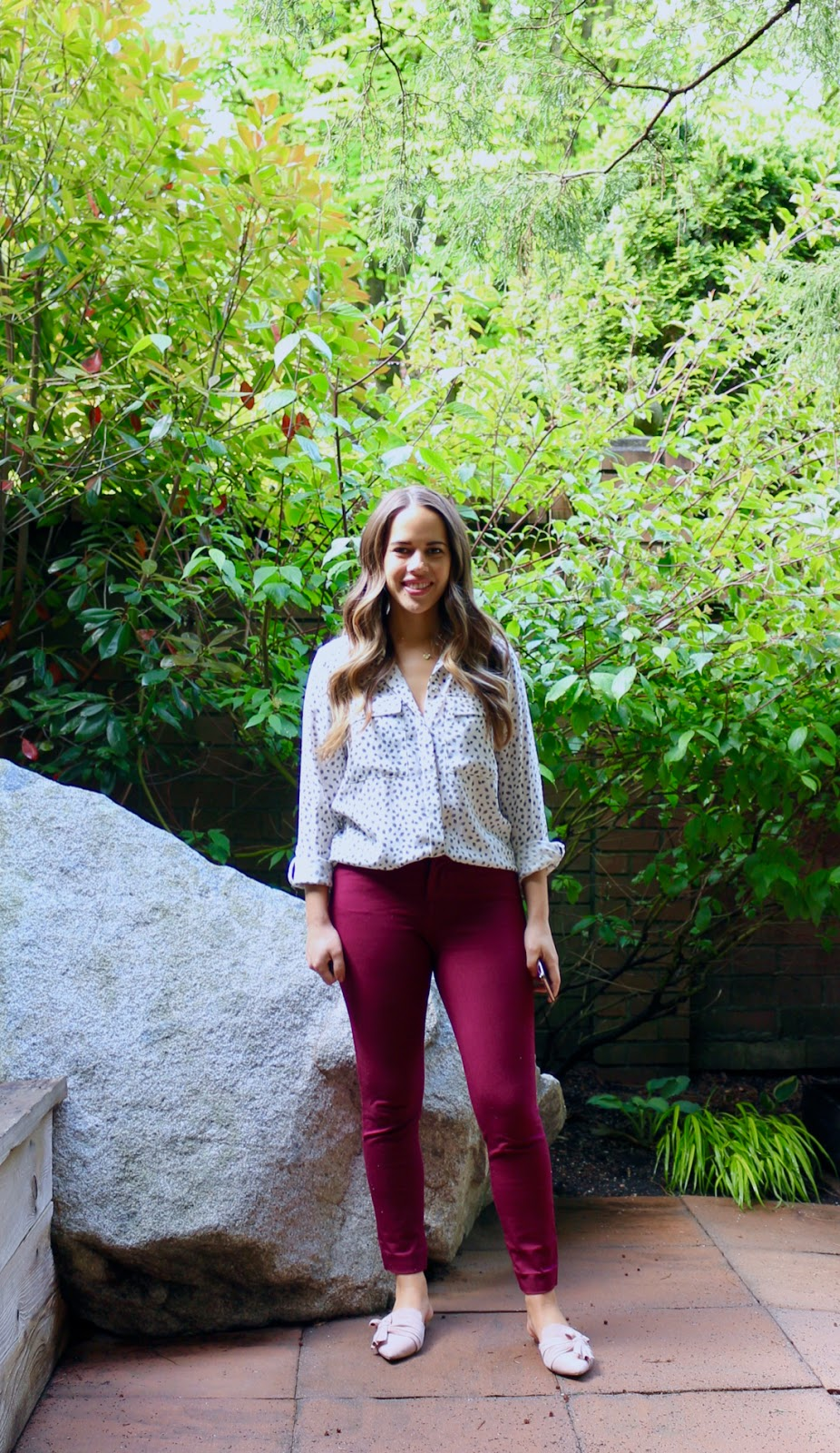 Jules in Flats - Patterned Pocket Blouse (Business Casual Spring Workwear on a Budget)