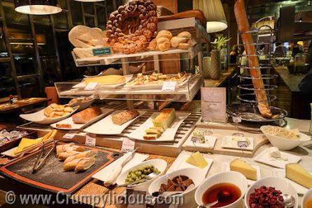 cafe ilang ilang the manila hotel