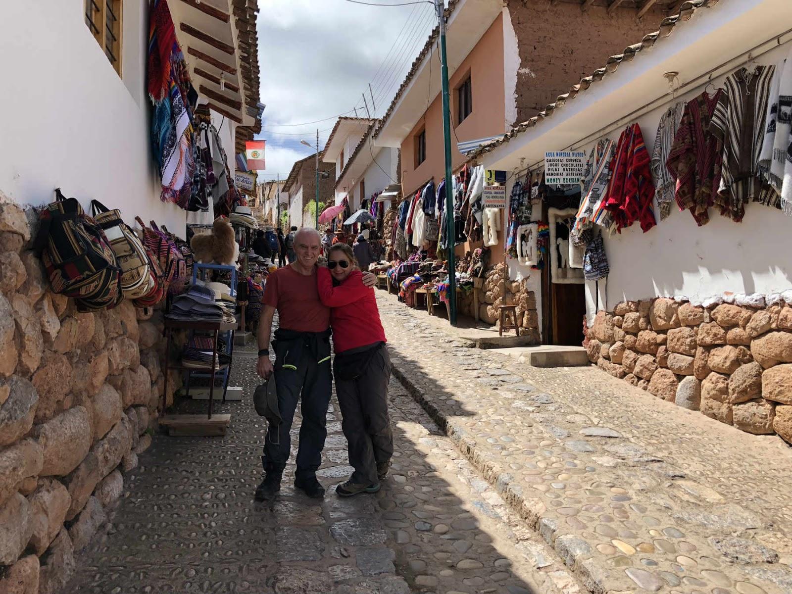 pelas ruas de Chinchero