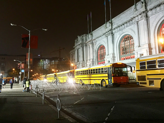 rock and roll sf shuttle buses