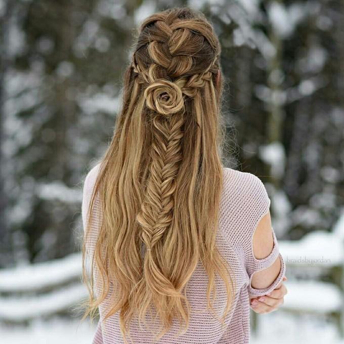Trança em formato de rosas é o penteado mais instagramável do momento