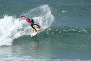 38 Courtney Conlogue Roxy Pro France 2016 foto WSL Kelly Cestari