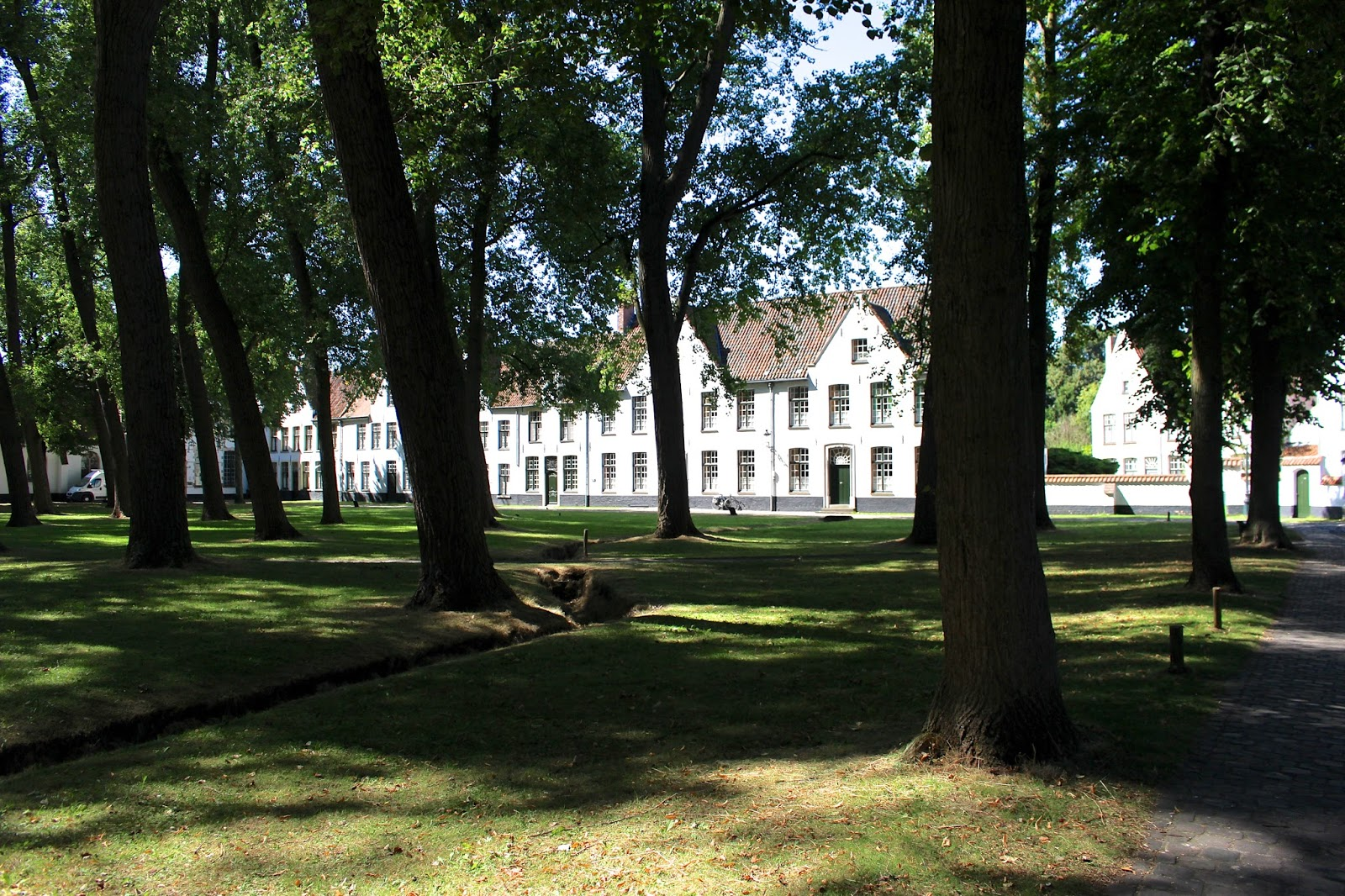 Begijnhof in Bruges Belgium silent order of nuns