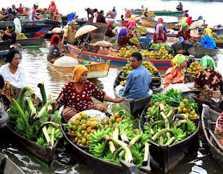 Pasar Terapung Lokbaintan