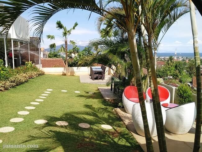 garden area pavilion cafe n resto