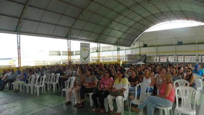 Local: Municipio realiza Encontro dos Profissionais da Rede de Edução.