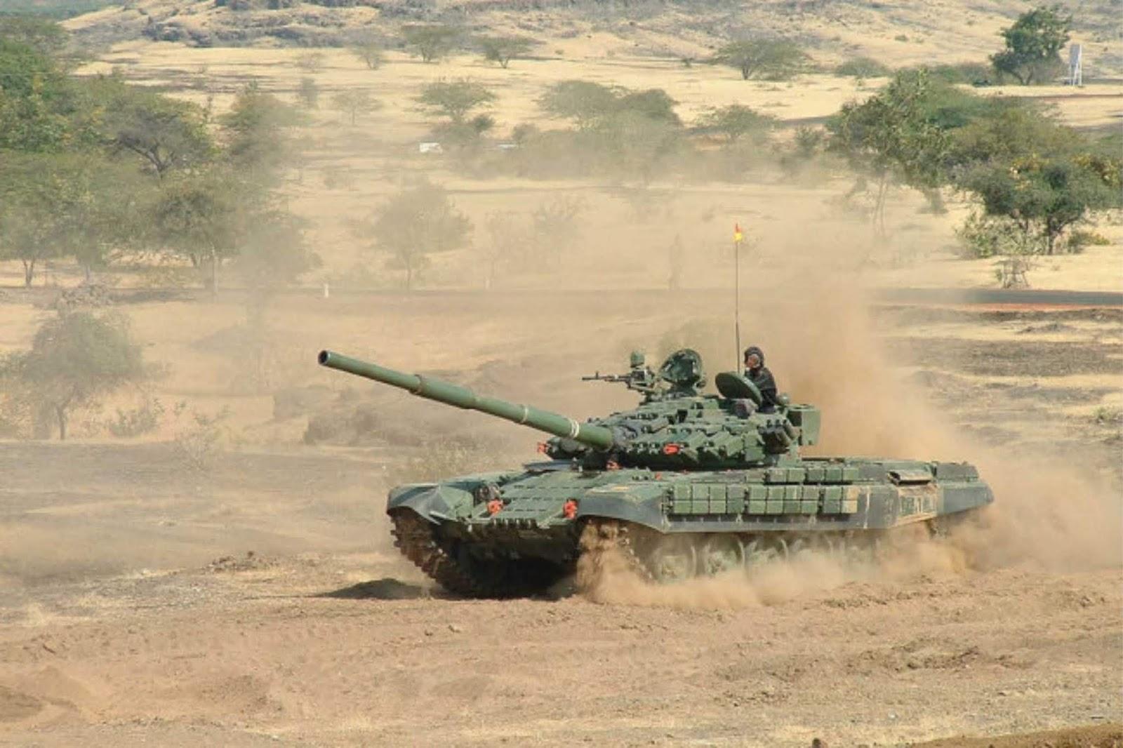 India dan Pakistan mengerahkan tank ke perbatasan