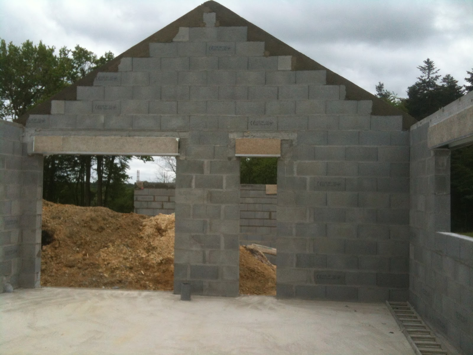Depreux construction r cit d 39 une construction en 2013 for La finition d une maison