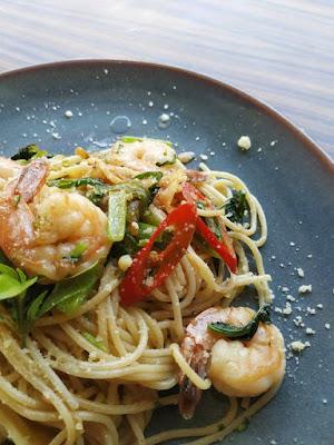 Shrimp Pasta With Zucchini