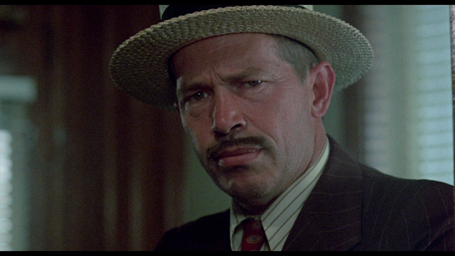 Dillinger blu-ray screen cap Warren Oates