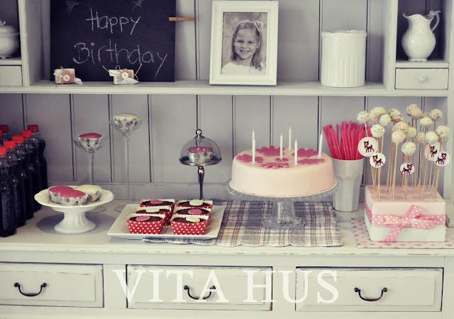 Mädchengeburtstag, Party, Reh, Bambi, Rosa, rot, Birthday, Cakepops, Kuchen,