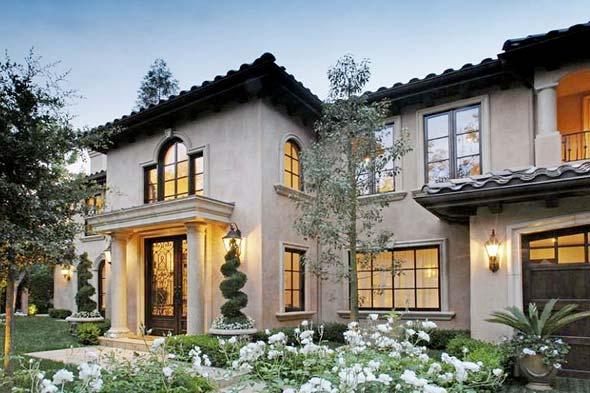 Inside kim kardashian 39 s calabasas home for Decoracion casa kim kardashian