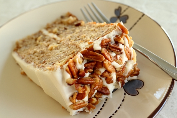 Hummingbird Cake Without Bananas