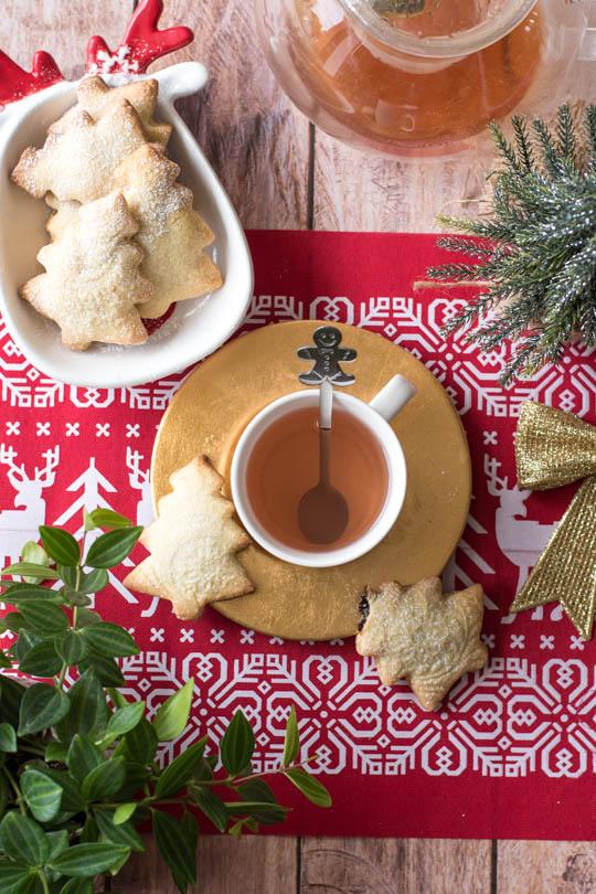 recette Sablés sapins de noel fourrés aux pruneaux