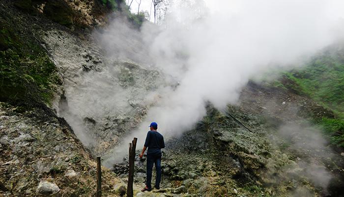 Kawah Gunung Ungaran