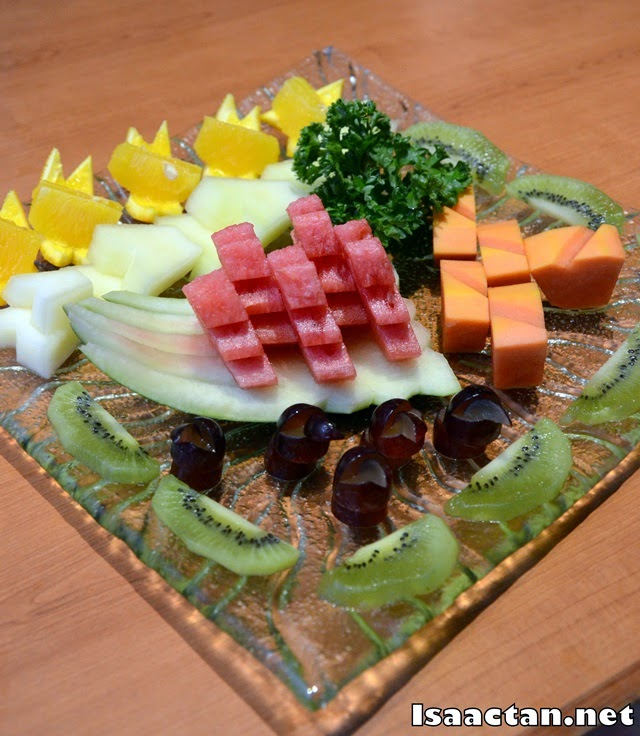 Fruit platter to end our meal at Takumi