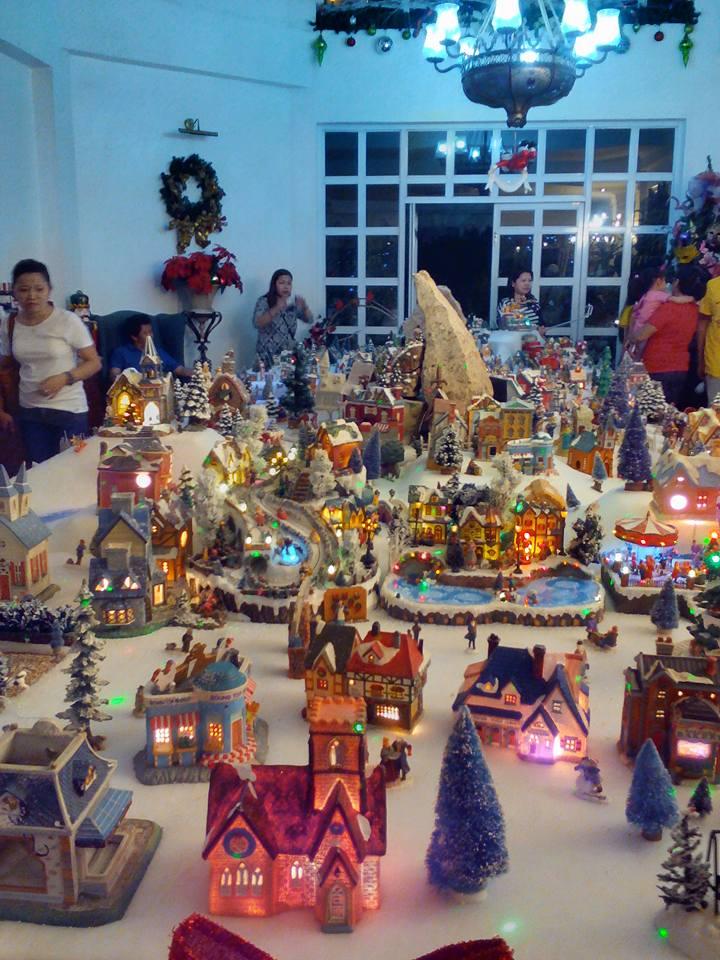 Lovin' Davao: Roseville Christmas Mansion: A Christmas Wonderland