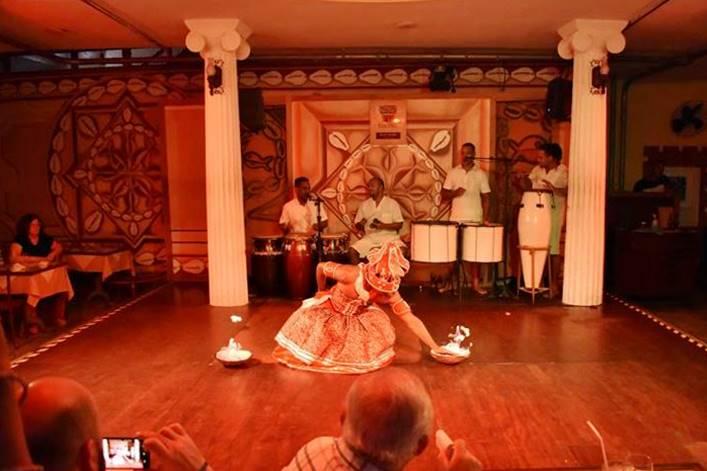 Jantar baiano com show folclórico em Salvador