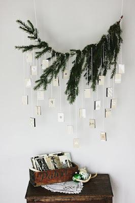 Calendario avvento con ramo abete