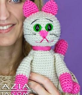 http://www.naztazia.com/diy-free-pattern-crochet-cat-amigurumi.html