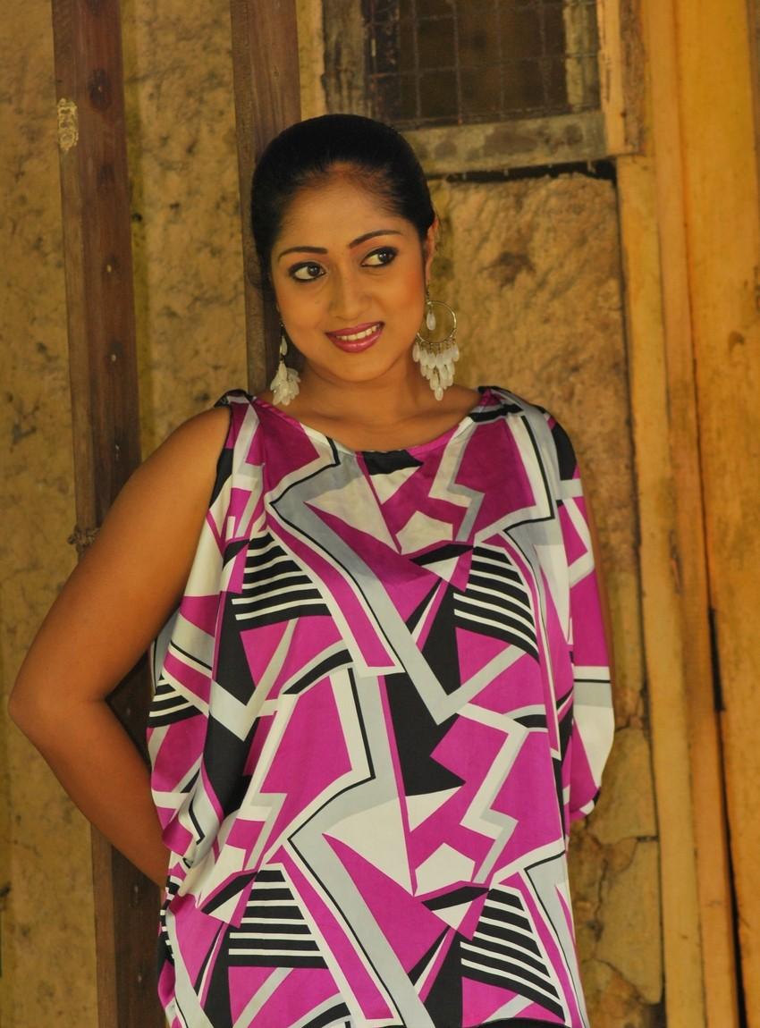 Sri Lankan Girlsceylon Hot Ladieslanka Sexy Girl Dilini -6763