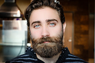 Comment avoir une belle barbe et l'entretenir : Le guide étape par étape