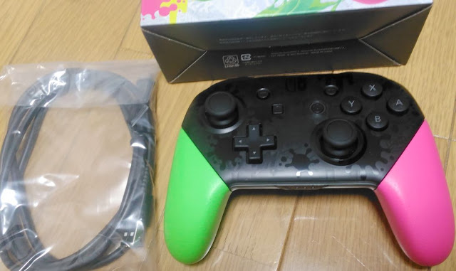 Nintendo Switch Proコントローラー スプラトゥーン2エディション中身