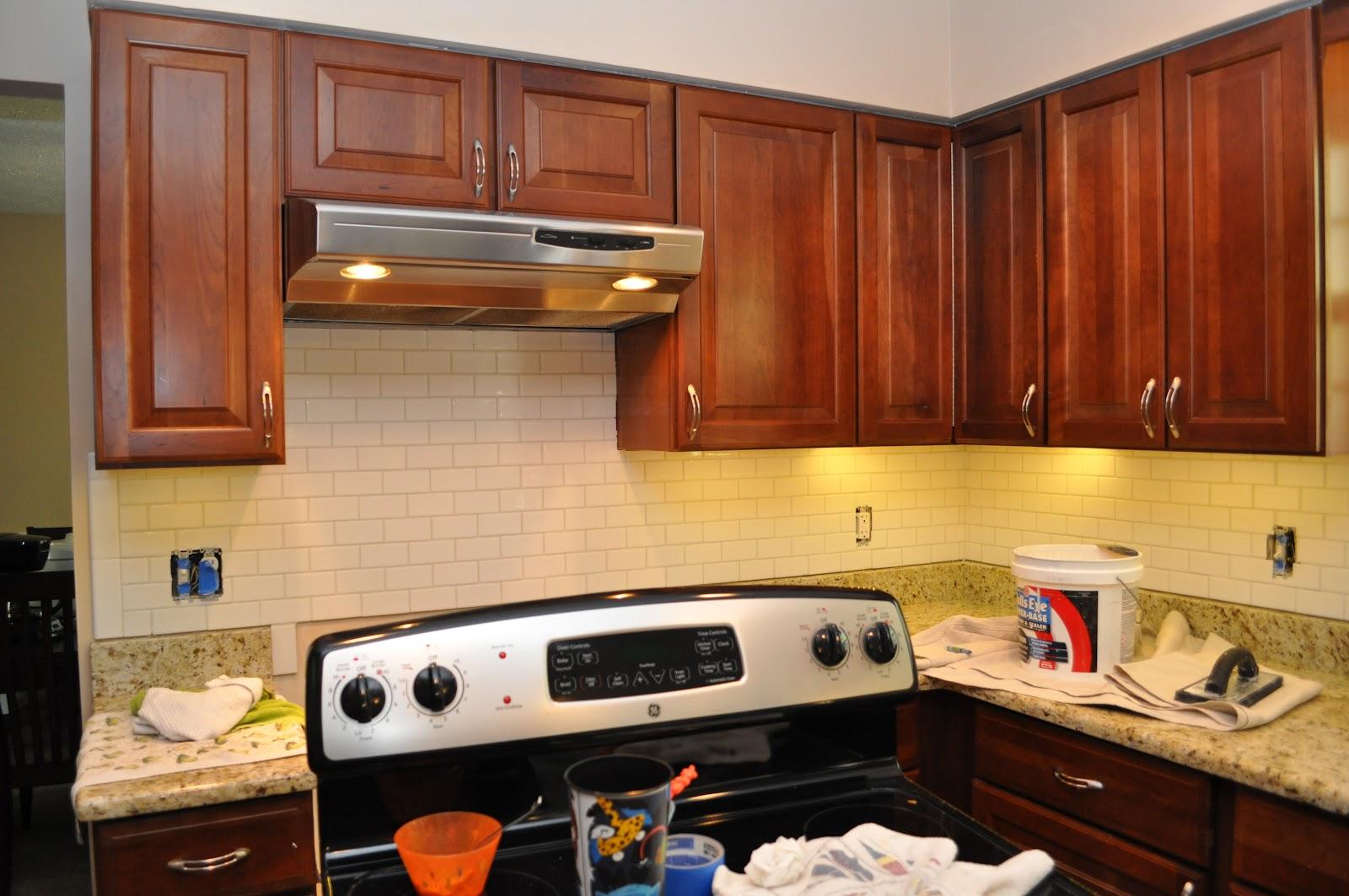 Diy Kitchen Backsplash For Renters