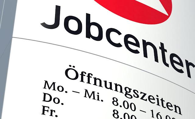 الآن بين يديك كافة طلبات الجوب سنتر Jobcenter مترجمة للغة العربية