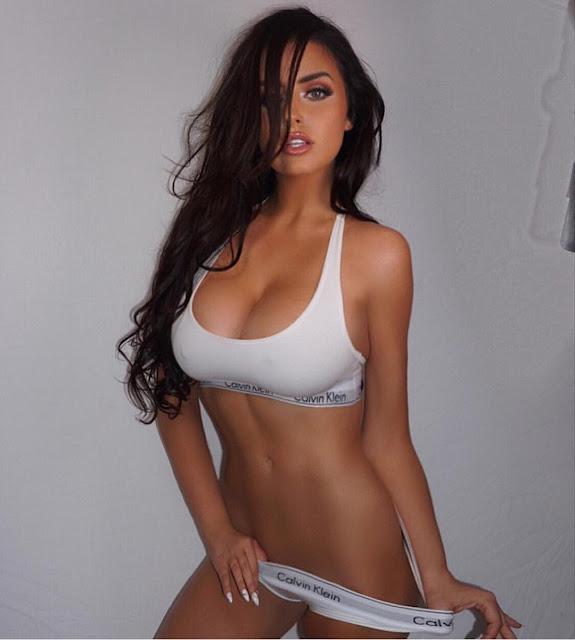 Abigail-Ratchford-Best-Curvy-Model-On-Instagram