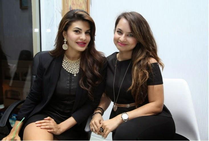 Jacqueline Fernandez and RJ Mariam Maz Hakim, Jacqueline Fernandez Launches Meena Jewellers in Dubai