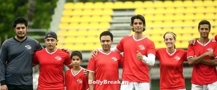 Junaid Khan, Aamir Khan, Ram Sampath, Ameet M Gaurr, Hazel Keech, Bollywood Celebs play football match for Aamir khan's daughter Ira Khan